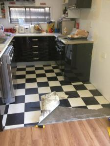 didyke tiling kitchen 1 - ripping up floor lino