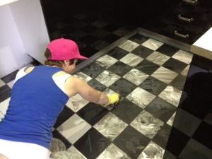 didyke tiling kitchen 17 - grout the floor