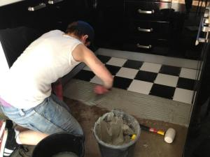 didyke tiling kitchen 6 - tiling the floor black and white check