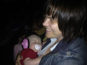 Quin and mummy at mumford and sons