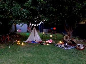 Shazanne anniversay indoor outdoor vintage teepee picnic 5